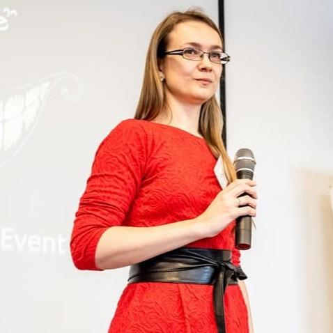 Lenka Tarabkova, DTM